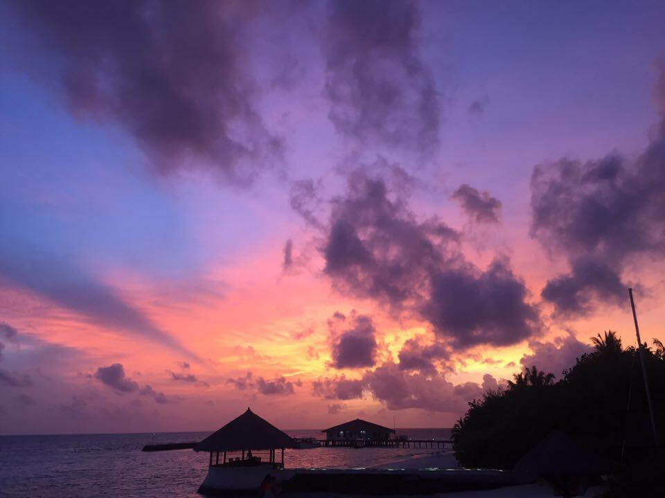 From Sunrise to Sunset - An incredible Maldives sunset